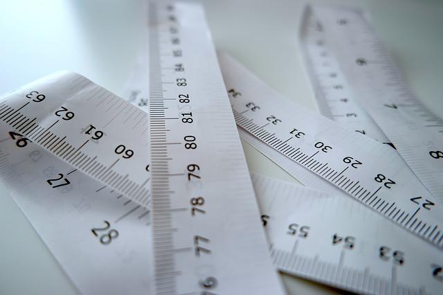 papírový metr